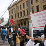 Salvadorans protest the closure of Tutela Legal
