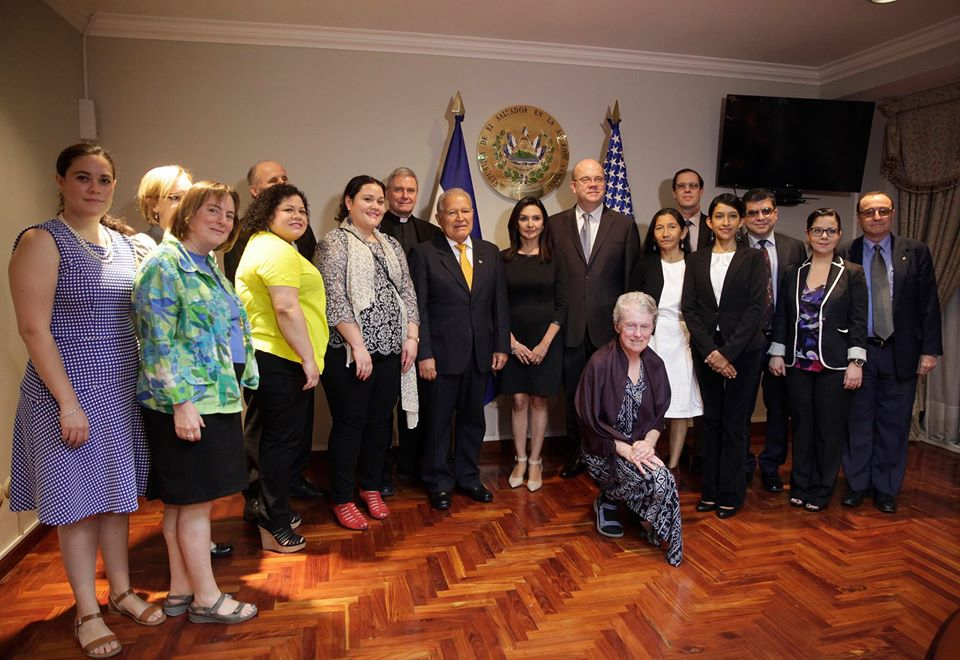 Members of the delegation meet with President Salvador Sánchez Cerén.